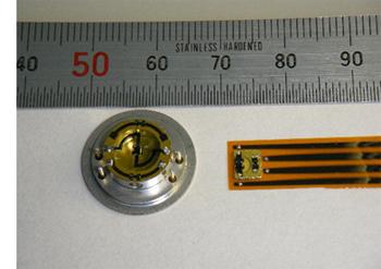 図.マイクロハクマク圧力センサ外観